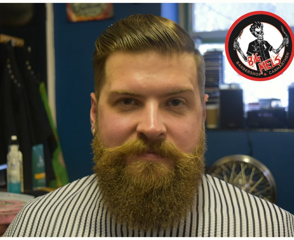 Classic cut badass beard by Del Toro
